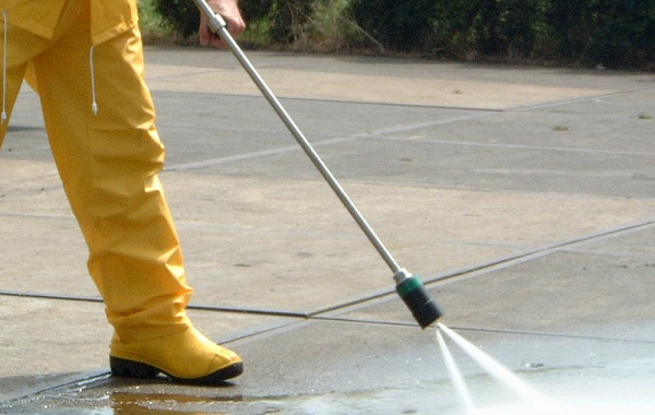 Image of high pressure cleaning adelaide